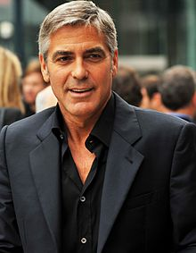 220px-George_Clooney-4_The_Men_Who_Stare_at_Goats_TIFF09_(cropped)