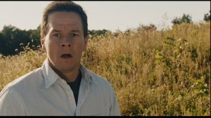 Walhberg-in-The-Happening-mark-wahlberg-13938405-853-480